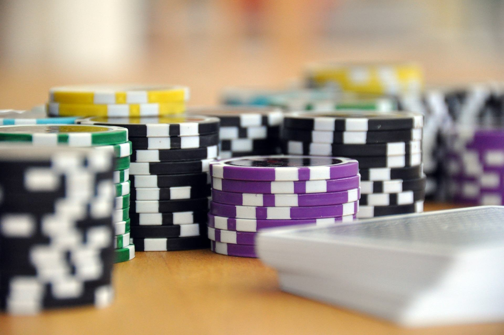 Online Gambling - A leader in technological innovation - Compare the Cloud
