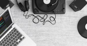 laptop_music