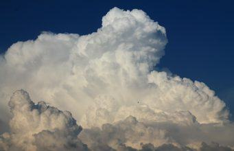 Let chaos reign and it will: why you need a tight grip on multi-cloud
